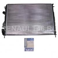 Радиатор охлаждения для авто с кондиционером Logan K9K/Megane I Renault оригинал 8200189288
